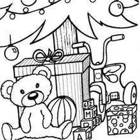 Christmas Tree With Presents Coloring Page 11